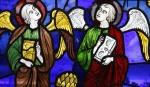 anges à l'évangile vitrail-chartres.jpg