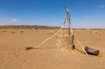puits d'eau dans désert.jpg